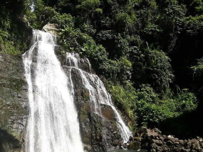 Quảng Nam: Nữ sinh tắm ở thác bị đá rơi trúng đầu dẫn tới tử vong