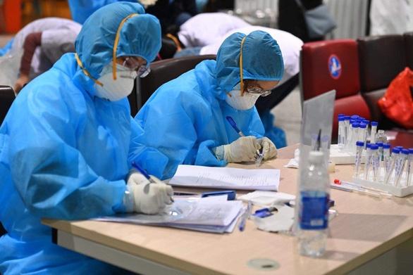 Đà Nẵng: Tìm 800 người liên quan tới 4 ca dương tính Covid-19 ở lò mổ Đà Sơn