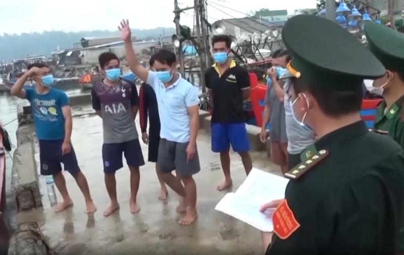 Quảng Ngãi: Phòng chống tàu cá vận chuyển người trốn cách ly