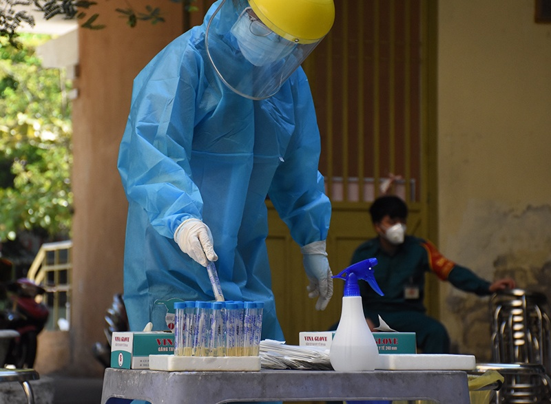 Đà Nẵng: Phó Chủ tịch Phường nhiễm Covid-19, 36 cán bộ Phường phải cách ly