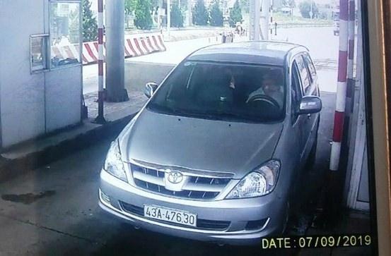 Quảng Ngãi: cho đi nhờ xe, dàn cảnh trộm tài sản