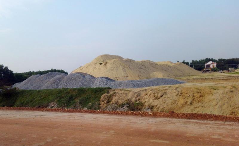 Quảng Ngãi: Cấp thiết quy hoạch các bãi tập kết vật liệu xây dựng