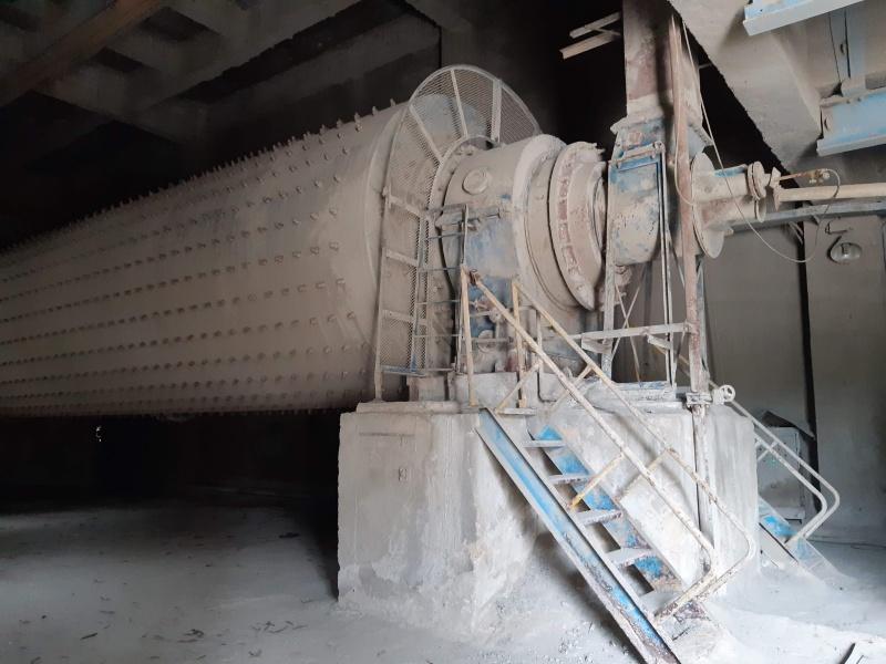 """Quảng Ngãi: Nhà máy xi măng """"hấp hối"""" ngóng cơ quan chức năng"""
