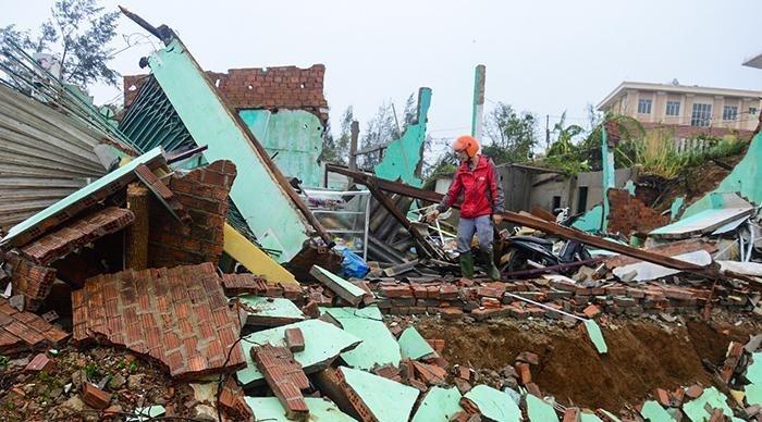 Tỉnh Quảng Ngãi đề nghị Trung ương hỗ trợ khắc phục hậu quả bão số 9