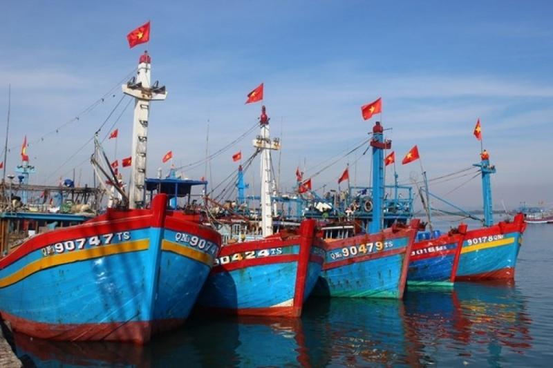 Tàu cá Quảng Ngãi mắc kẹt tại Philippines do hết nhiên liệu và lương thực