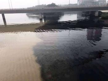 Nước thải đen bủa vây sông Hàn - Đà Nẵng