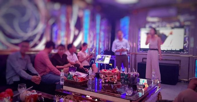 karaoke pattaya van ngang nhien don khach bat chap lenh cam cua chinh phu