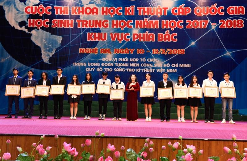 Hà Nội dẫn đầu Cuộc thi khoa học kĩ thuật cấp quốc gia học sinh trung học năm học 2017-2018 khu vực phía Bắc