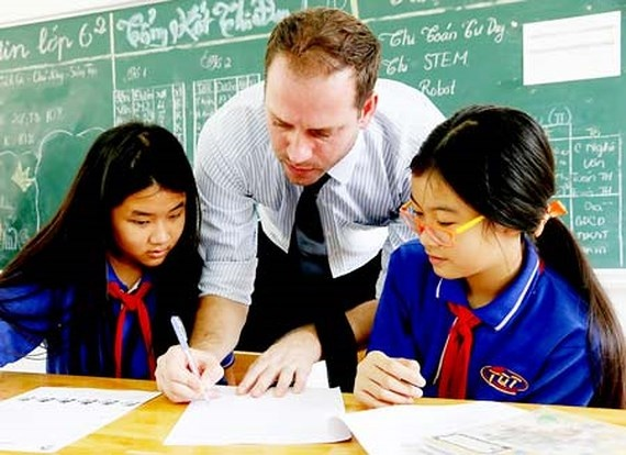 Triển khai thí điểm đào tạo Chương trình song bằng THCS Việt Nam và chứng chỉ IGCSE Cambridge