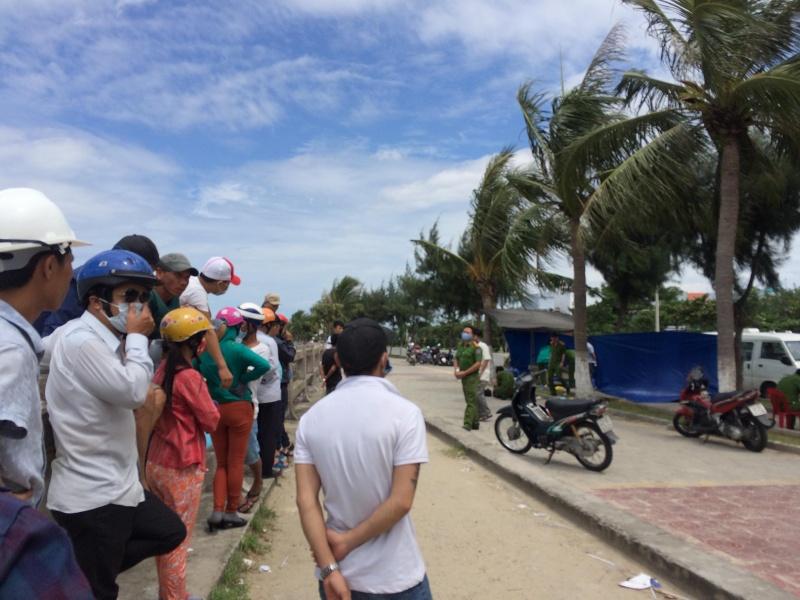 Tìm người thân của thi thể trôi nổi trên Vịnh Đà Nẵng