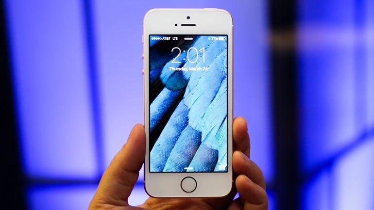 Bộ Công Thương vào cuộc vụ Apple làm chậm iPhone đời cũ
