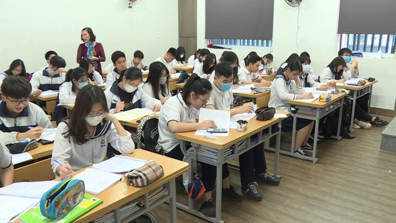 Quảng Ngãi: Học sinh trở lại trường để hoàn tất năm học 2020-2021