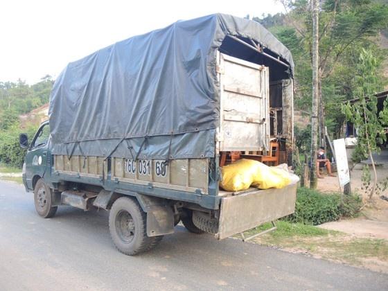 Phát hiện 6 xác cá thể linh trưởng đông lạnh trong xe tải