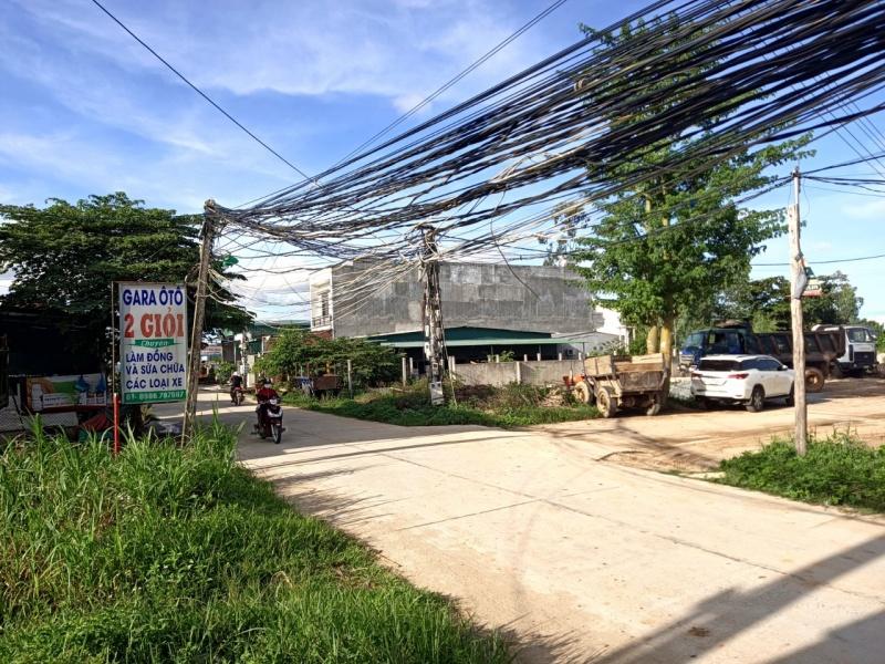 Quảng Ngãi: Nguy cơ mất an toàn điện tại khu dân cư