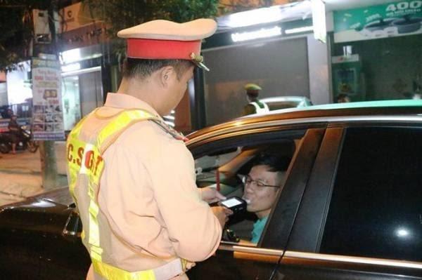 CSGT Quảng Trị đo nồng độ cồn dịp tết nguyên đán Canh Tý 2020?