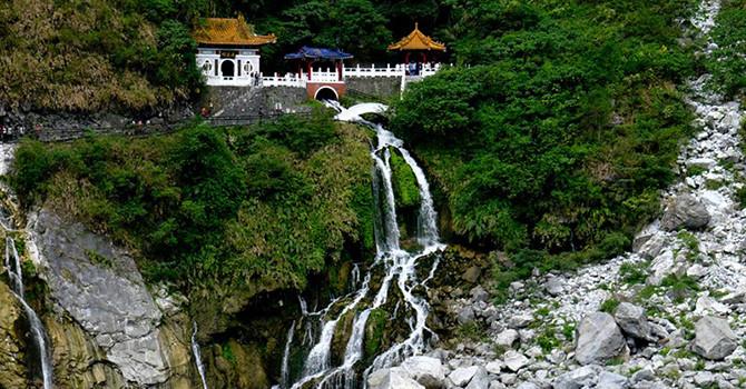 Ấn tượng với vẻ đẹp của thành phố Hoa Liên khi bay thăm Đài Loan vào mùa hè này