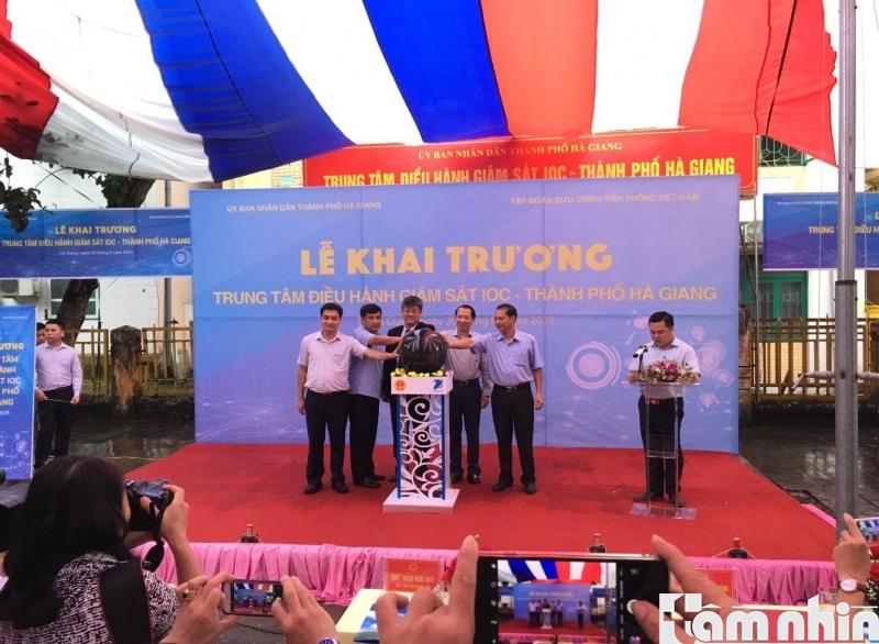 Khai trương Trung tâm IOC: Hà Giang quyết tâm xây dựng chính quyền điện tử