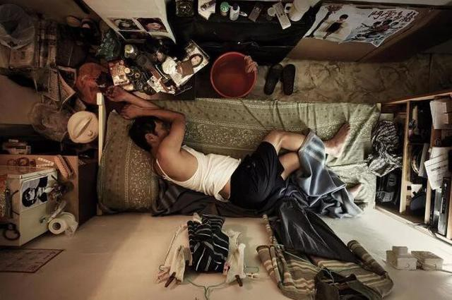 Cận cảnh nhà 'quan tài' nhà 'con nhộng' tại Hồng Kông và Nhật Bản
