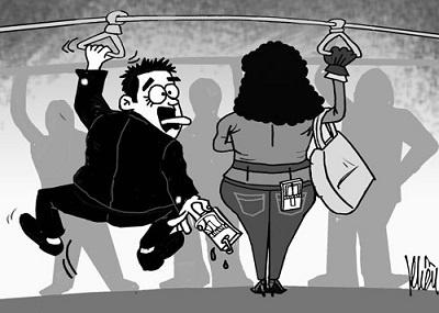 bi quay roi tren xe bus len tieng hay im lang