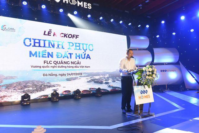 gan 1000 thuy thu hung huc khi the ra khoi tai chuoi su kien kick off chinh phuc mien dat hua flc quang ngai