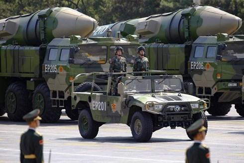 """Nga có lo sợ sự phát triển quân sự """"chóng mặt"""" của Trung Quốc?"""