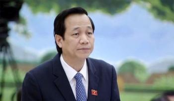 bo truong dao ngoc dung doanh nghiep ban con dao ham cho nguoi lao dong tron o lai