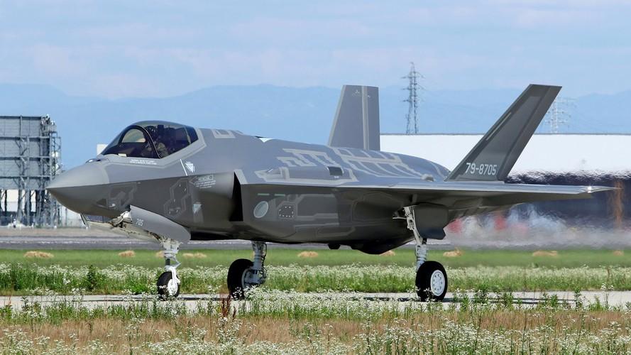Đọ sức kho vũ khí tối tân của Nhật Bản và Trung Quốc