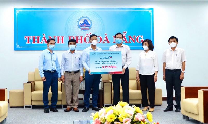 VietinBank ủng hộ Đà Nẵng, Quảng Nam 10 tỷ đồng chống dịch COVID-19