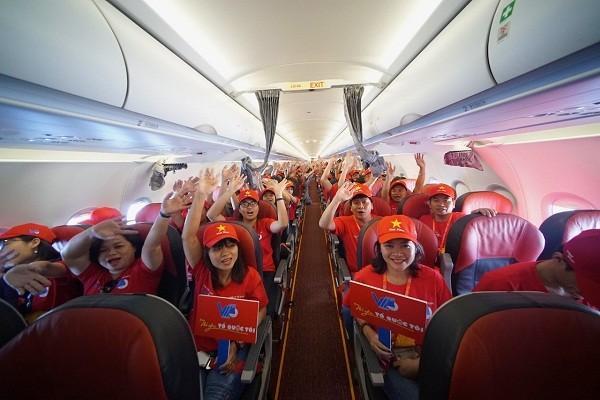 Tàu bay Vietjet bắt đầu Hành trình 'Tôi yêu Tổ quốc tôi'