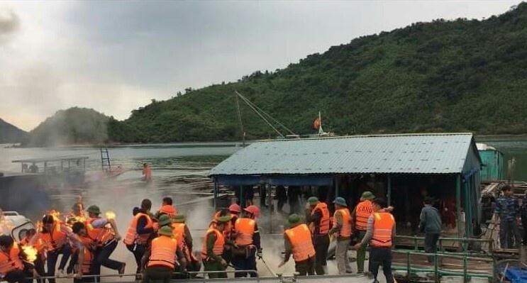 Vân Đồn (Quảng Ninh): Phản đối cưỡng chế, người dân ném bom xăng tự chế  khiến  3 cán bộ bị bỏng nặng