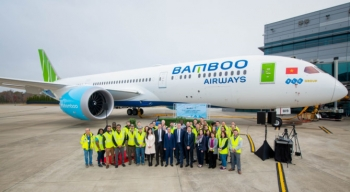 bamboo airways bat ngo he lo ten rieng dat cho may bay boeing 787 9 dreamliner dau tien cua hang