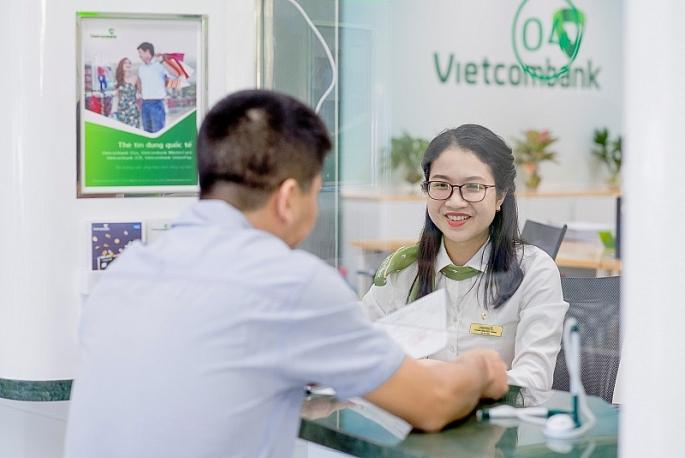 vietcombank giam dong loat lai suat cho vay vnd trong 3 thang de chia se kho khan voi khach hang doanh nghiep