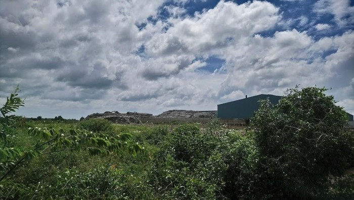 """Nhà máy xử lý rác Tâm Sinh Nghĩa có đang """"bắt bí"""" tỉnh Long An?"""