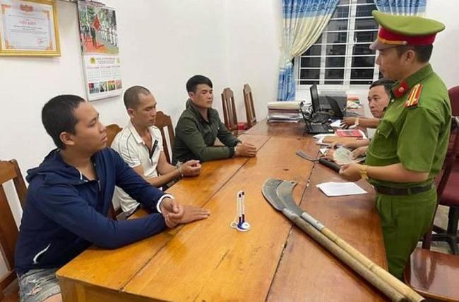 Đắk Lắk: Tạm giữ nhóm đối tượng chặn xe tải, cướp tài sản