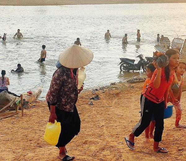 Kon Tum: Kon Hngor Ktu mùa nước cạn
