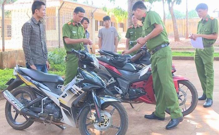 Đắk Lắk: Nhóm thanh niên trộm xe máy liên tỉnh xa lưới