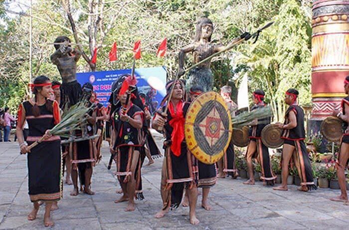 Kon Tum: Hơn 700 nghệ nhân tham gia Tuần văn hóa - du lịch Kon Tum lần thứ IV-2018