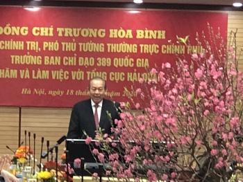 Phó Thủ Tướng Trương Hòa Bình tới thăm, chúc tết và chỉ đạo công tác tại Tổng Cục Hải Quan