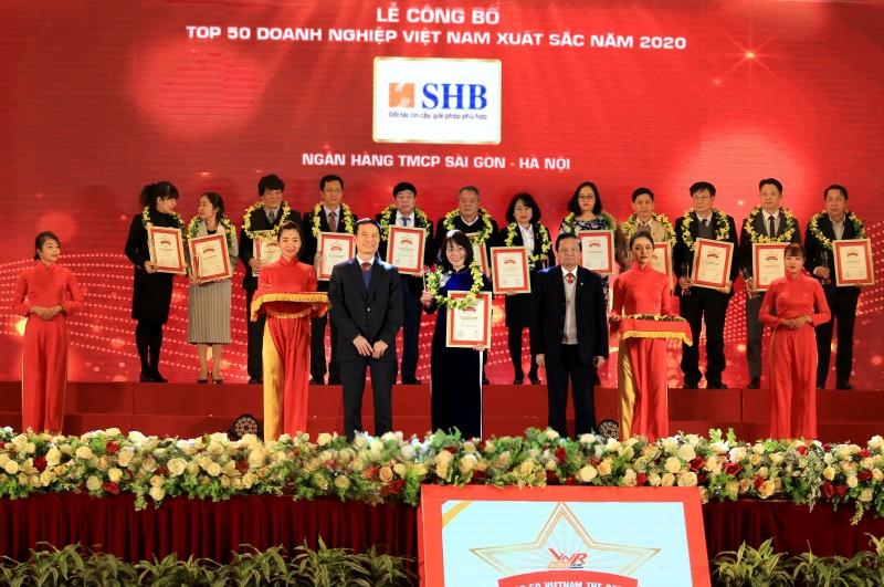 shb duoc vinh danh top 50 doanh nghiep xuat sac nhat viet nam