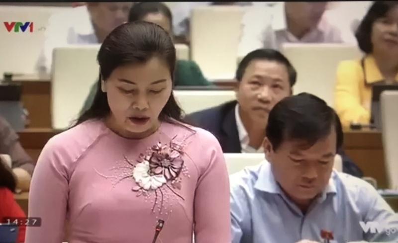 nong chuyen hang khong cheo keo phi cong cham bay huy chuyen