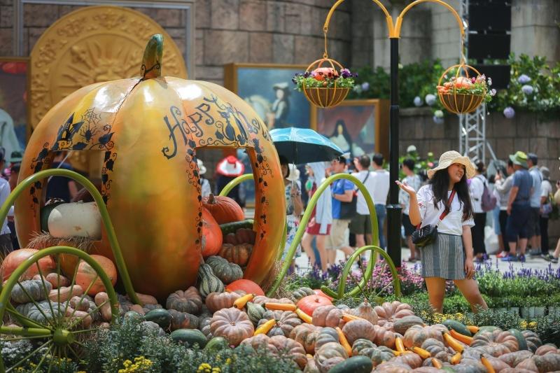 'Xứ sở Cầu Vàng' - Ưu đãi giảm giá vé còn 300.000đ dành tặng du khách Miền Trung - Tây Nguyên