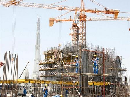 Yêu cầu nhà thầu xây dựng phải mua bảo hiểm cho người lao động trên công trường