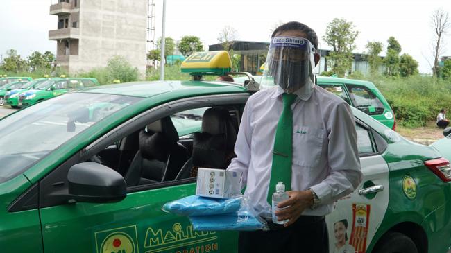 tphcm taxi duoc dieu dong de van chuyen hang hoa tre em