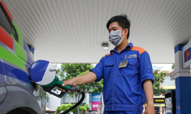 Giá xăng dầu đồng loạt tăng mạnh đã đạt