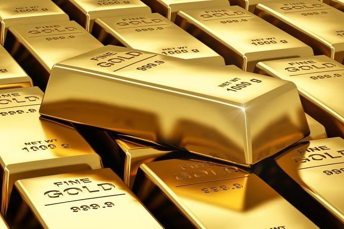 Vàng SJC cao hơn vàng thế giới 9,61 triệu đồng/lượng