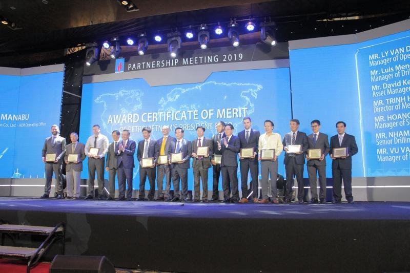 Petrovietnam gặp mặt các nhà thầu, đối tác dầu khí đầu năm 2019