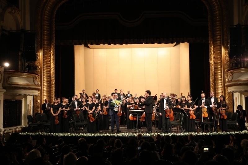 """""""Đêm nhạc Anh Quốc"""" của Dàn nhạc giao hưởng Mặt Trời: Lớp học tuyệt vời cho người mới """"nhập môn"""" giao hưởng"""