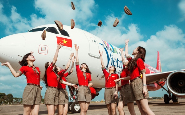 Hé lộ 1 từ duy nhất tạo nên thành công của Vietjet Air, bất kỳ ai từ cô lao công đến chủ tịch HĐQT nghĩ giống nhau