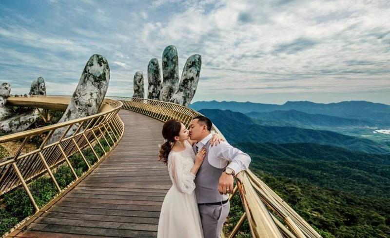 """""""Khách sạn lãng mạn nhất thế giới"""" ưu đãi đặc biệt cho các cặp đôi"""