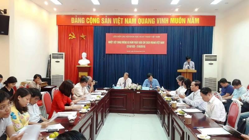 Liên hiệp Hội KHKT VN tặng 19 Bằng khen nhân ngày báo chí cách mạng